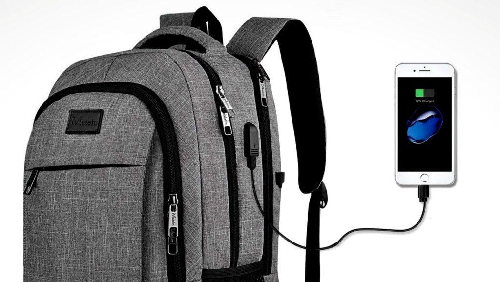 mochila con cargador usb