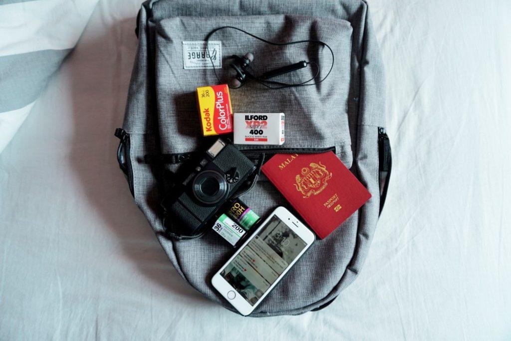 Desarrolla una marca creativa y crea una página web para vender tus mochilas